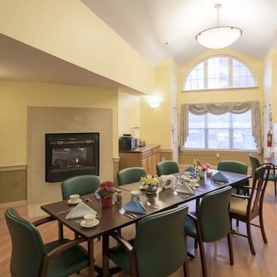 VM AL dining room