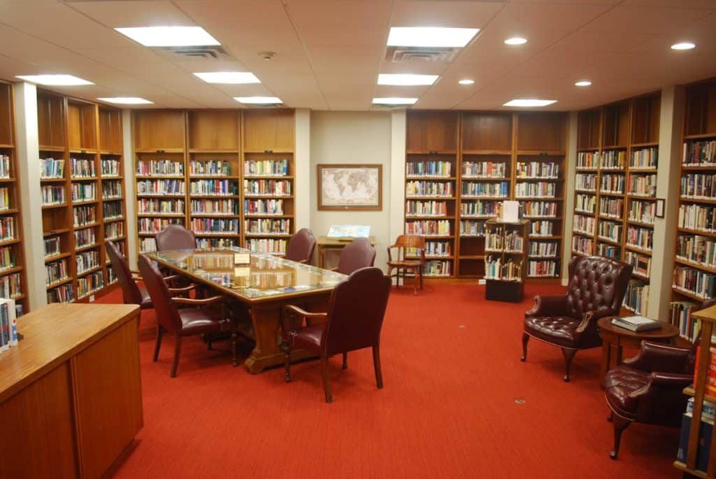 Valley Manor IL Library